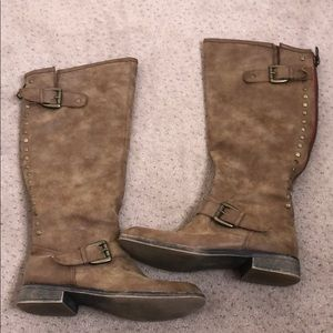 Brown calf high boots with gold detailing